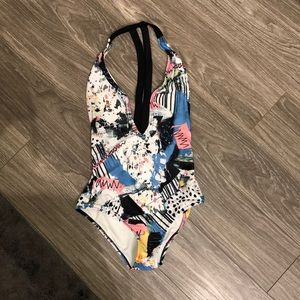 One piece swim suit